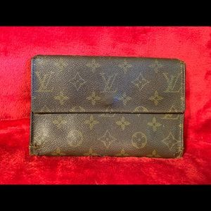 LV Louis Vuitton trifold wallet lg clutch vintage